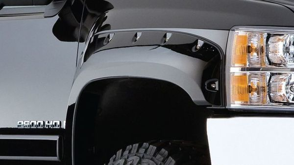 Cut-out fender flares