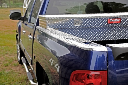 Dee Zee Brite-Tread Wrap Side Truck Bed Caps