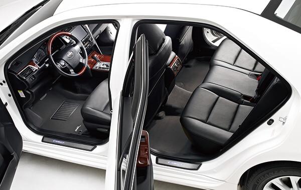 Black 3D MAXpider Second Row Custom Fit Floor Mat for Select Toyota Camry//Lexus ES350 Models Classic Carpet
