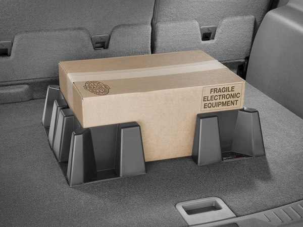 Firm grip cargo containment system