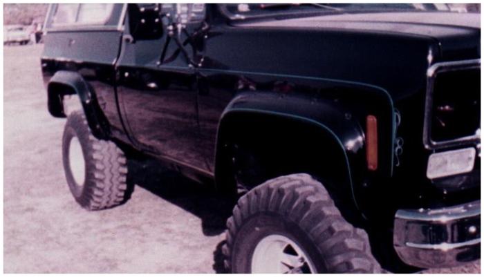 Bushwacker 40003-11