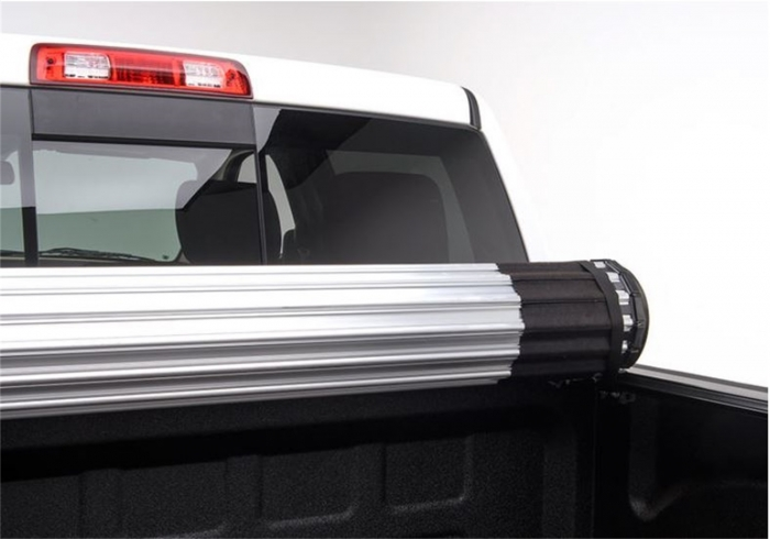 Have full cargo access with this Revolver X2 tonneau