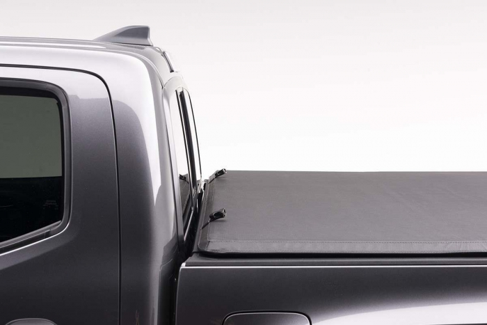 Advantage Hard Hat Tri-Fold Tonneau Cover