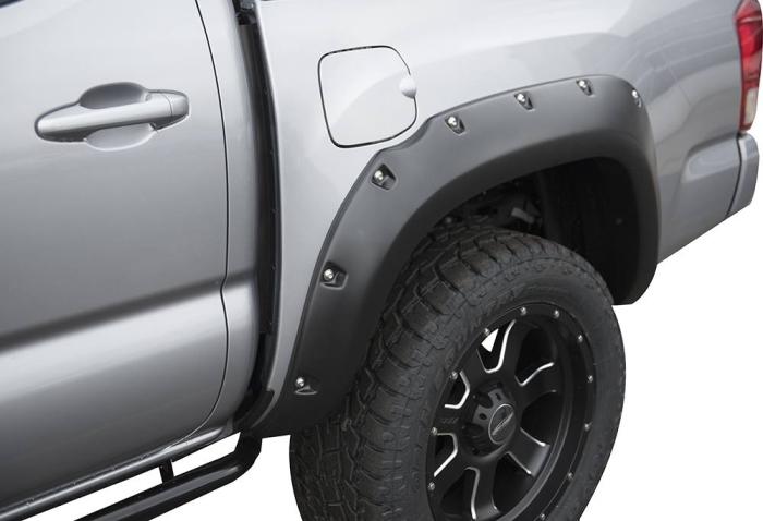 TrueEdge Pocket/Bolt Fender Flares for 16-17 Toyota Tacoma (Available Factory Painted) FLZ209910