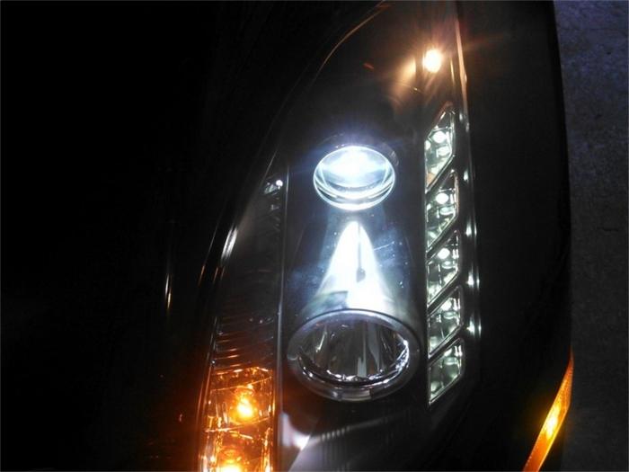 Spyder CCFL Halo DRL LED Projector Headlights