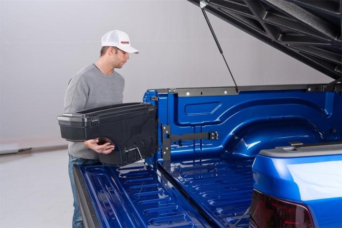 UnderCover Swing Case Storage Box