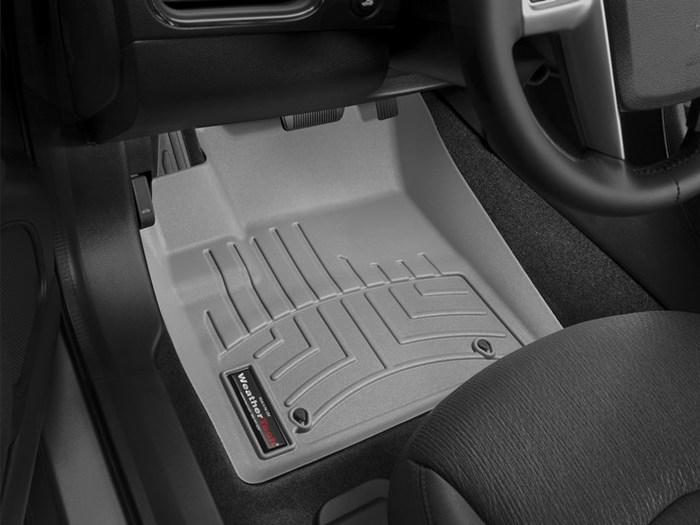 WeatherTech Chrysler 200 Floor Mats