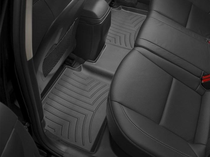 WeatherTech DigitalFit Floor Mats for 2013-2017 Hyundai Elantra GT [Covers Rear, Black] (WEA95111)