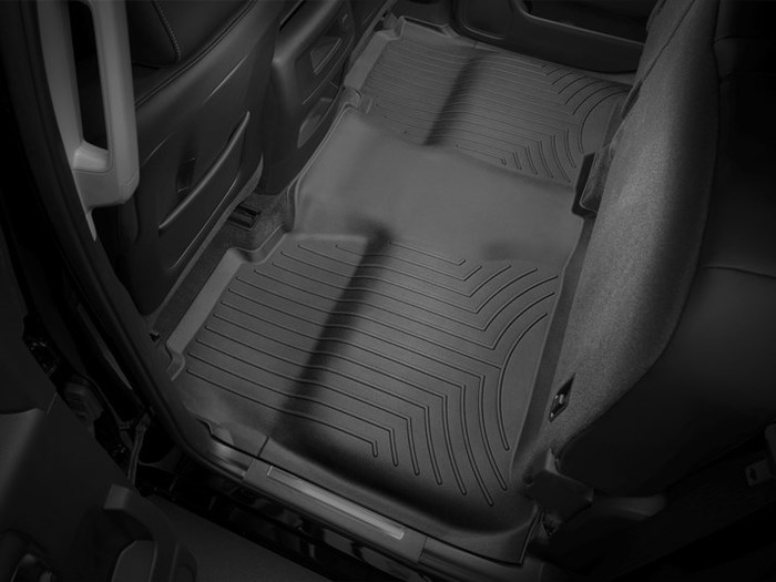 WeatherTech DigitalFit Floor Mats for Chevrolet/GMC [Covers Rear, Black] (WEA95364)