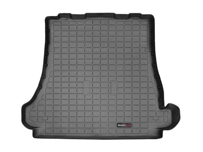 WeatherTech Mitsubishi Montero Floor Mats