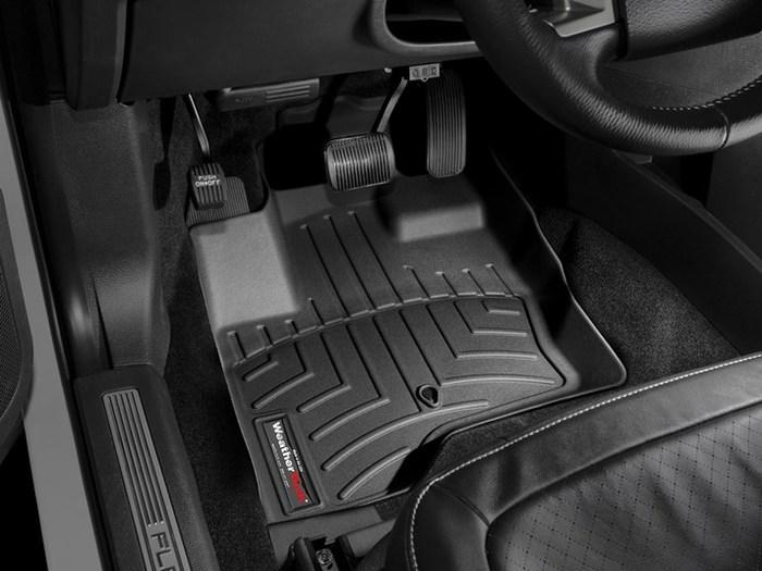 Premium Carpet, Red Covercraft 0124-00-73 DashMat Original Dashboard Cover Ford Mustang