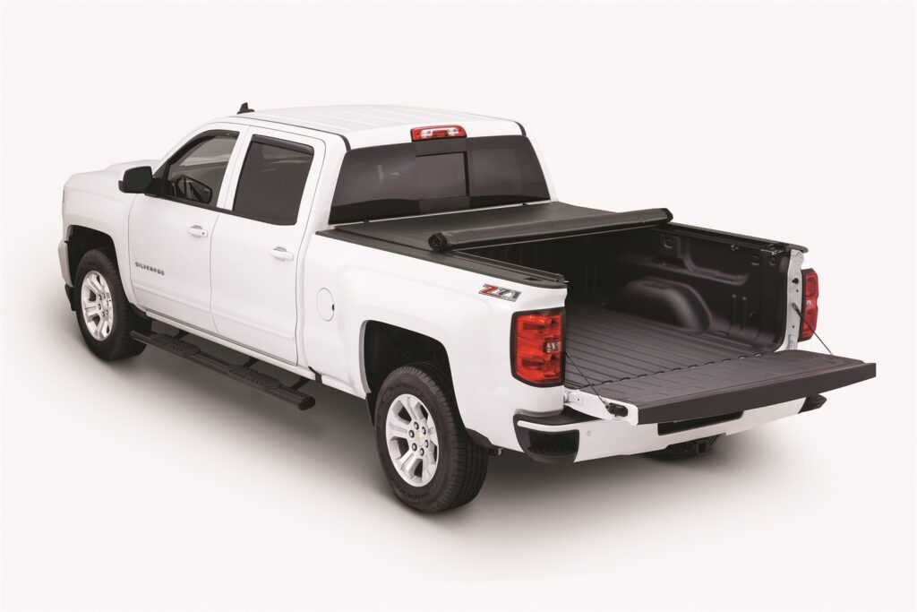 This is an image pf a rollup tonneau cover with a low profile design. copyright 2020
